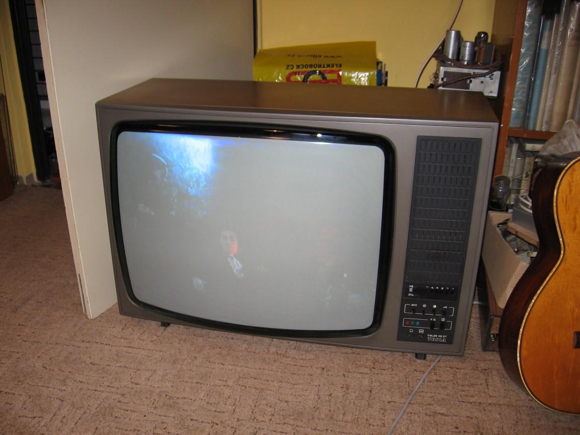 c6863c8c6 Protože ale pán televizor nepřevzal, STčko nakonec putovalo k Vaškovi.